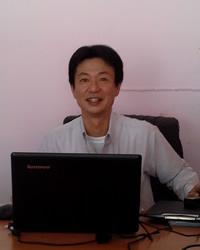 thai_staff01